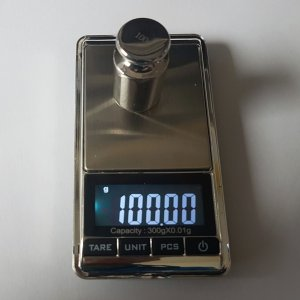 Vrecková váha do 300 g  d = 0,01 g